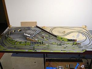 Modellbahn berge bauen mit pappmaschee